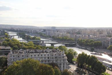 Conhecendo Paris